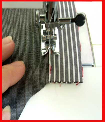 Отстрочить планку рубашки близко ко шву