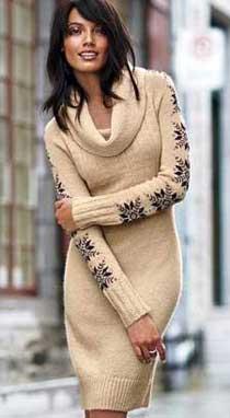 Вязаное романтичное платье