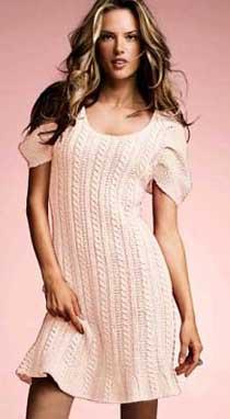 Великолепное вязанное белое платье
