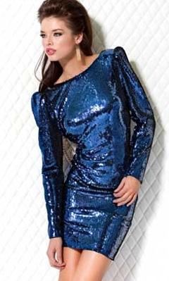 Платье из ткани с пайетками