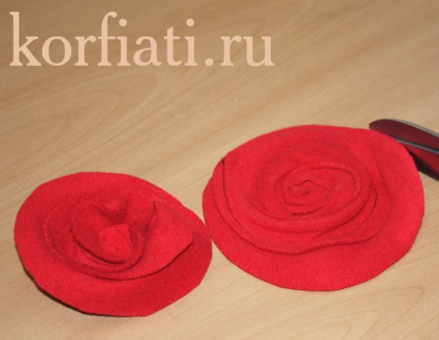 Розы из драпа своими руками