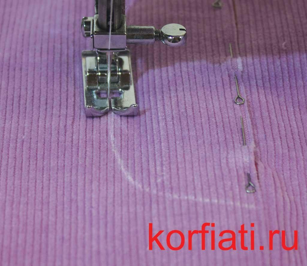 Отстрочить гульфик брюк по намеченной линии