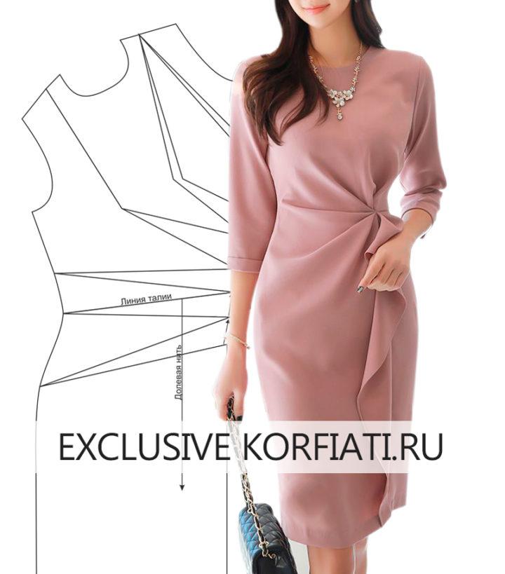 Платье с асимметричными складками