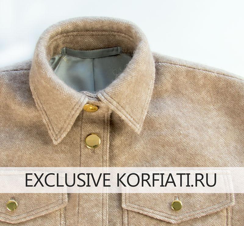 Воротник пальто-рубашки в застегнутом виде - фото